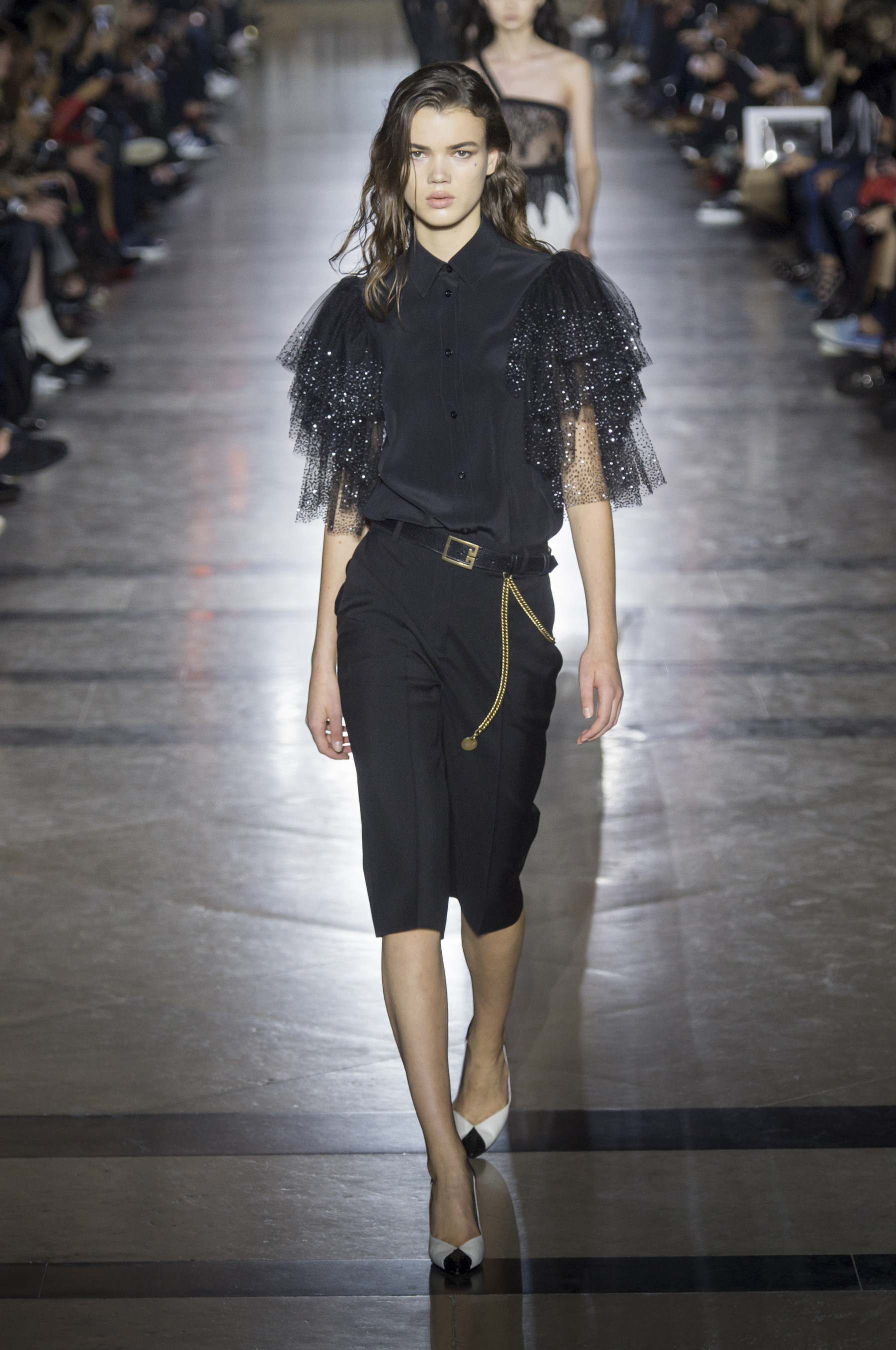 givenchy-rs18-0561.jpg