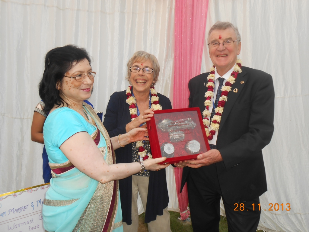 Recognition for Margaret and David Hutchins for 20 years support for the International schools Quality Circles movement