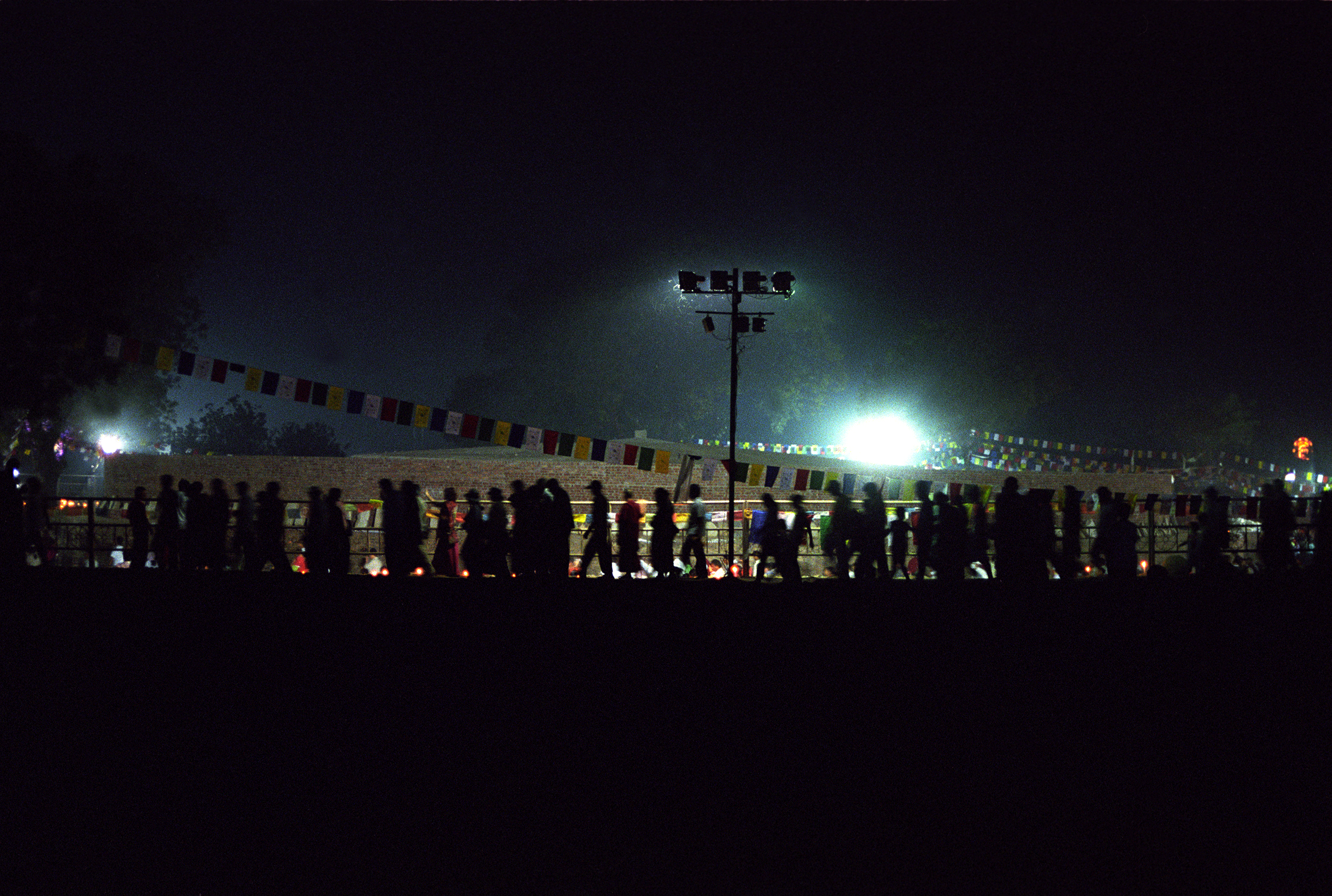 Web_amar_night stupa017.jpg
