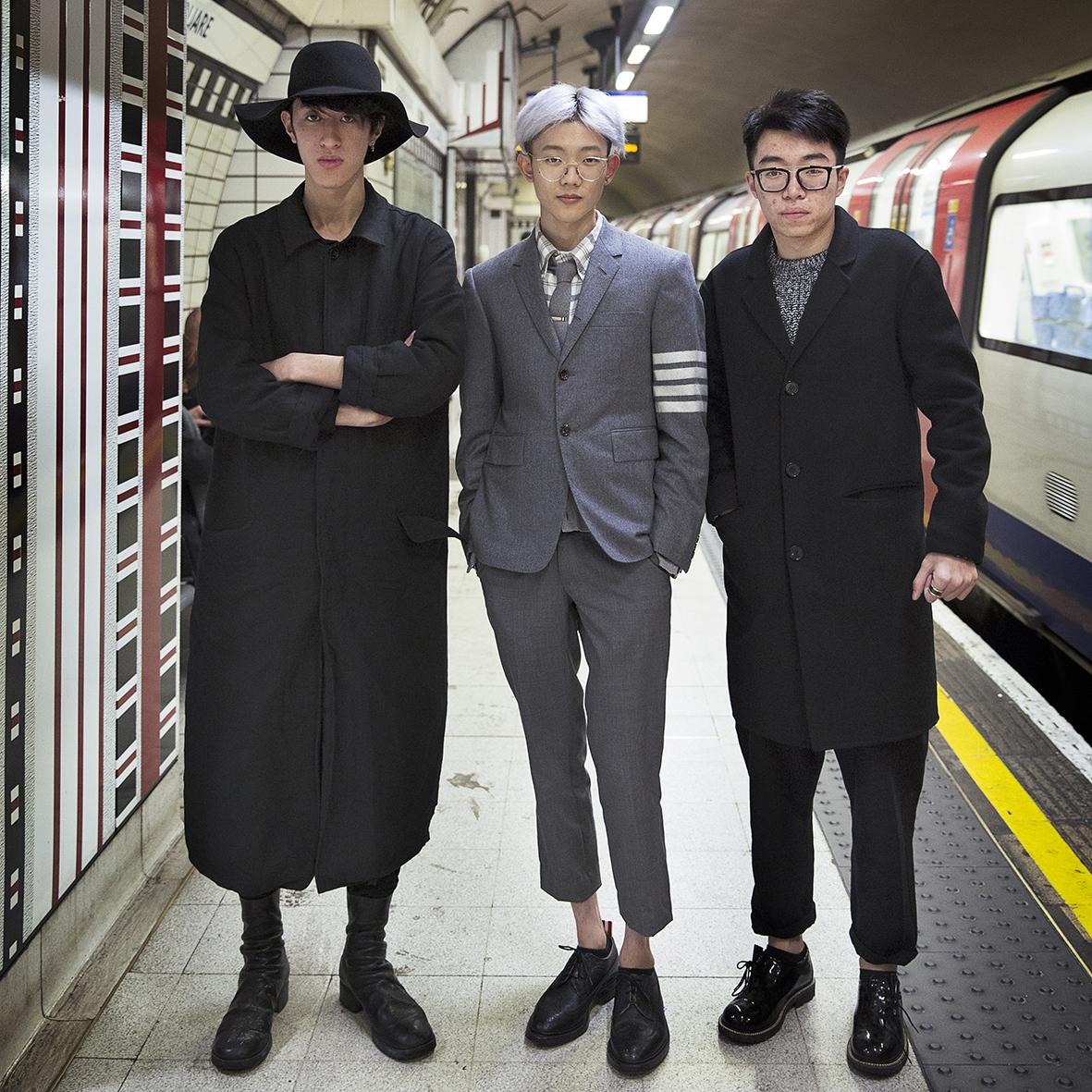 Portraits of strangers at Tube station_ (1).jpg