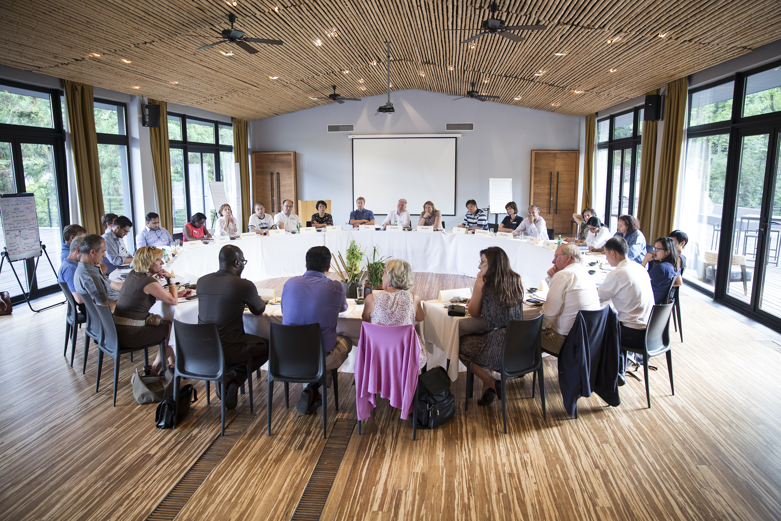 Roundtable talks_1RoundTable in China__MG_3619_CLeisinger.jpg