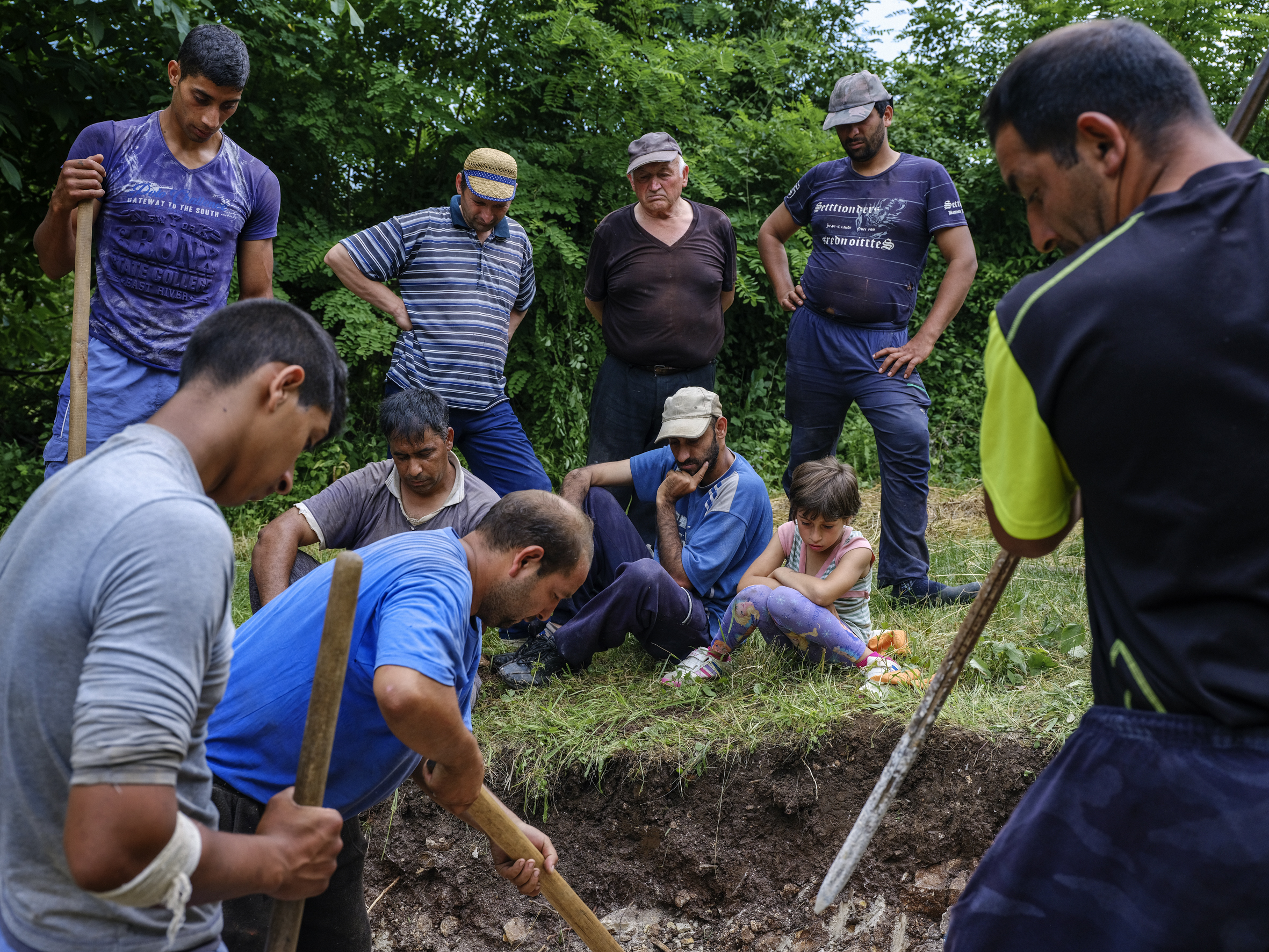 The community of Babusnica has come together to dig a hole for a septic tank. The first step in building a toilet for the local primary school.