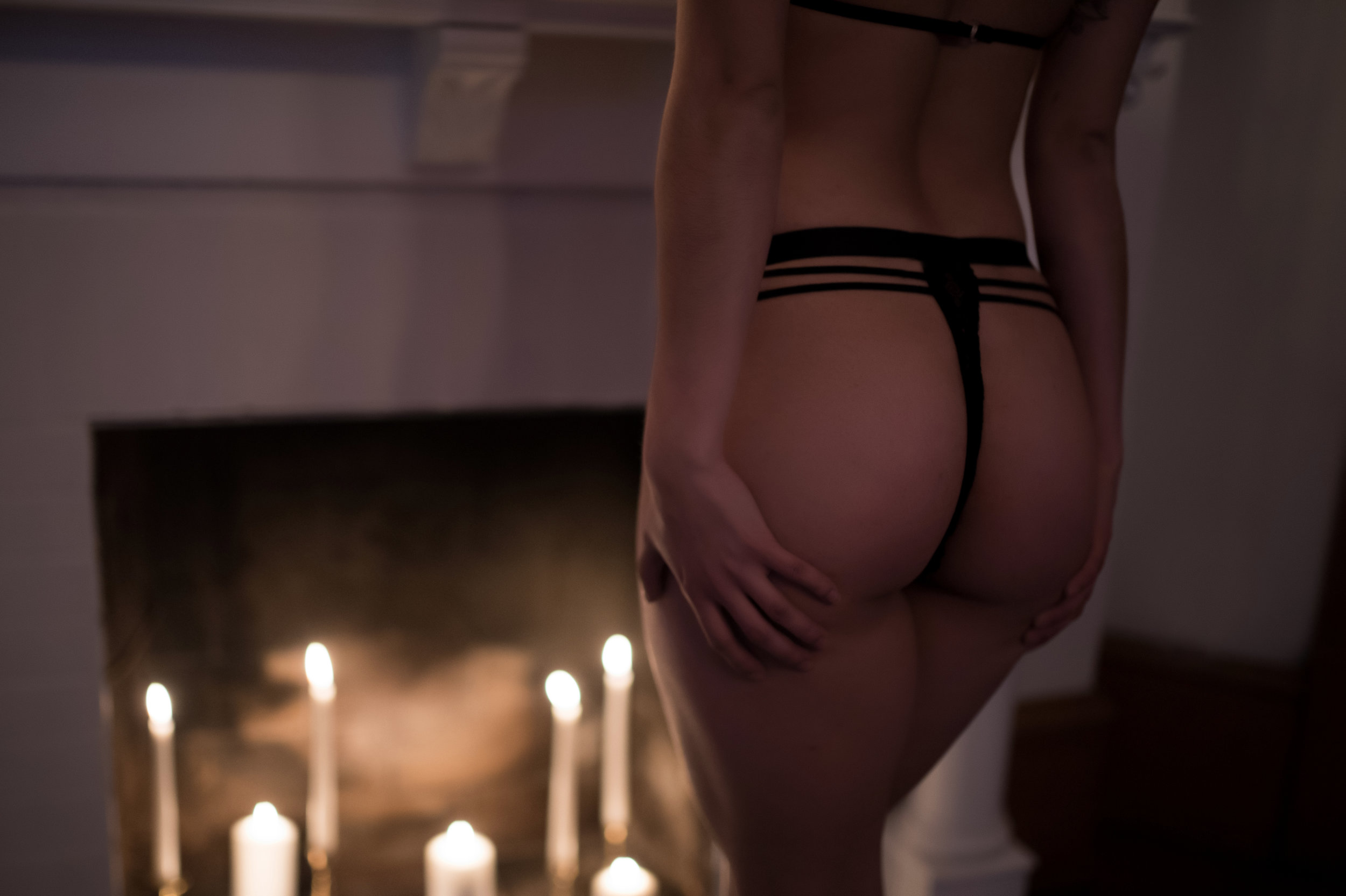 Amy Cloud PhotographyCandle Boudoir 015.jpg