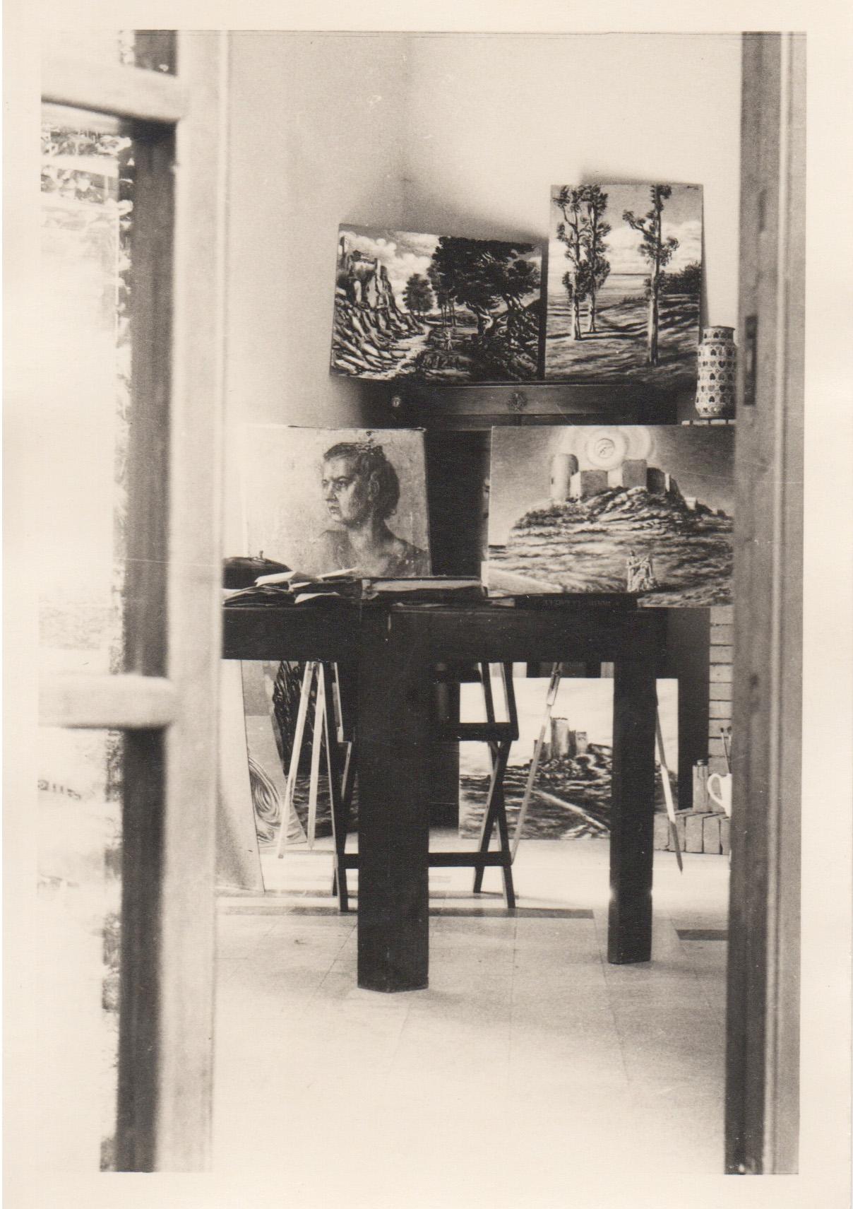 Poveromo, 1949 (Savinio's studio)