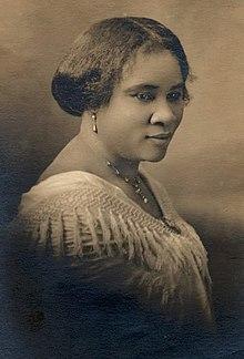 220px-Madam_CJ_Walker_face_circa_1914.jpg