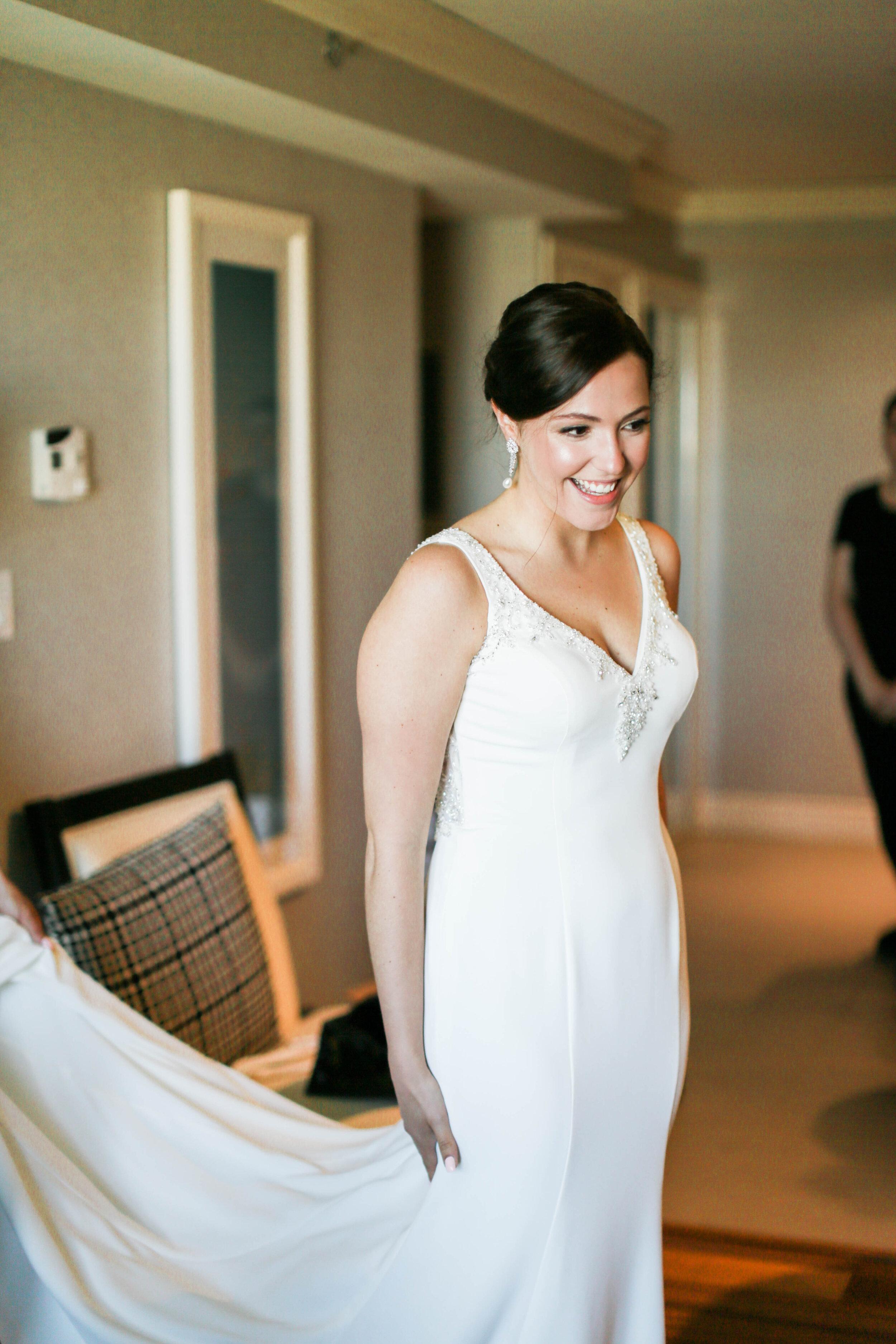 Gorgeous Bride in Classic Wedding Dress - Trendy Modern Brunch Wedding - Historia Wedding and Event Planning