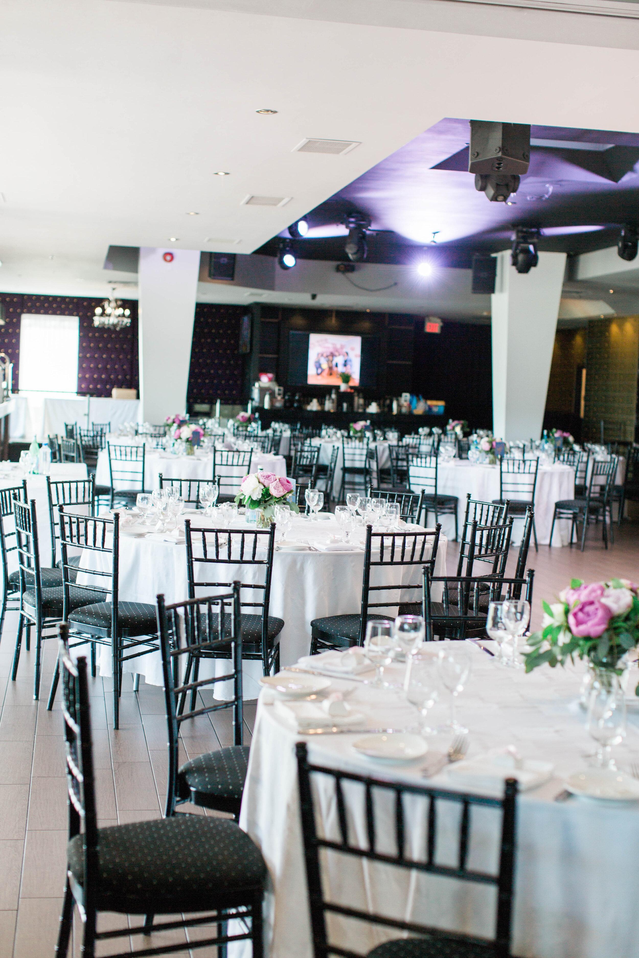 Contemporary Wedding Reception - Trendy Modern Brunch Wedding - Historia Wedding and Event Planning