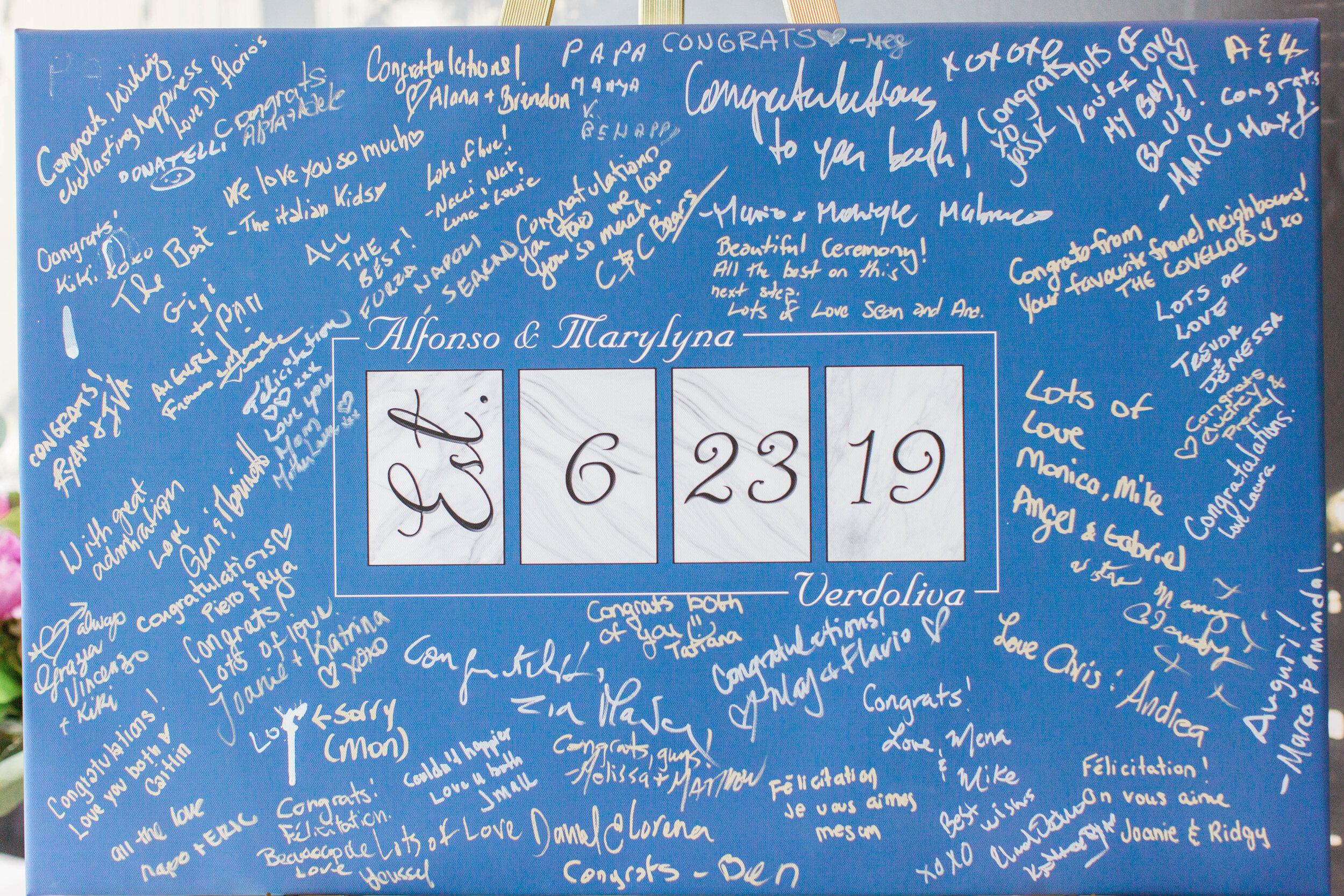 Signed wedding canvas guestbook - Trendy Modern Brunch Wedding - Historia Wedding and Event Planning