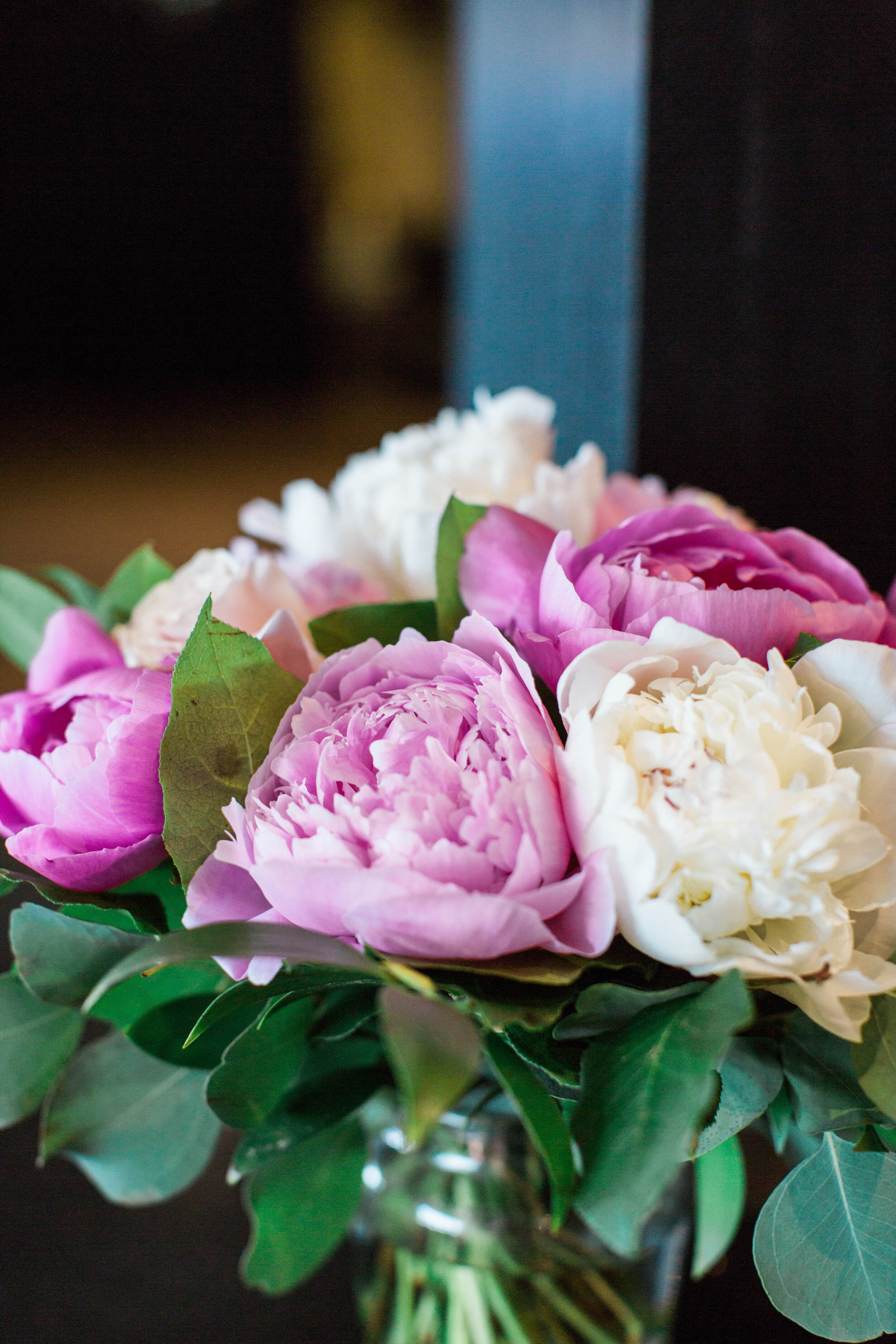 Pink and white peony bouquet - Trendy Modern Brunch Wedding - Historia Wedding and Event Planning