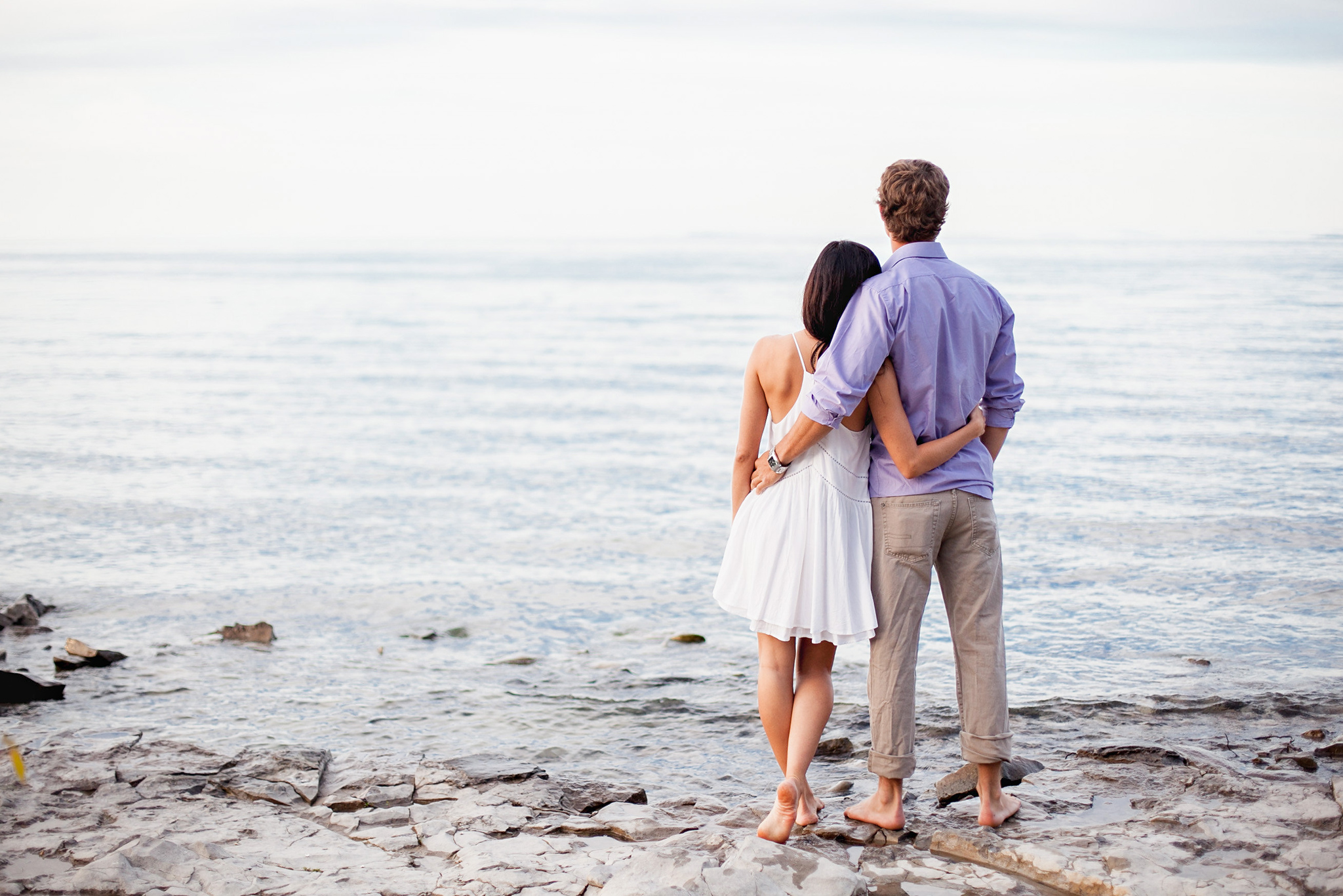 beautiful couple on the shores of Georgian Bay during craigleith