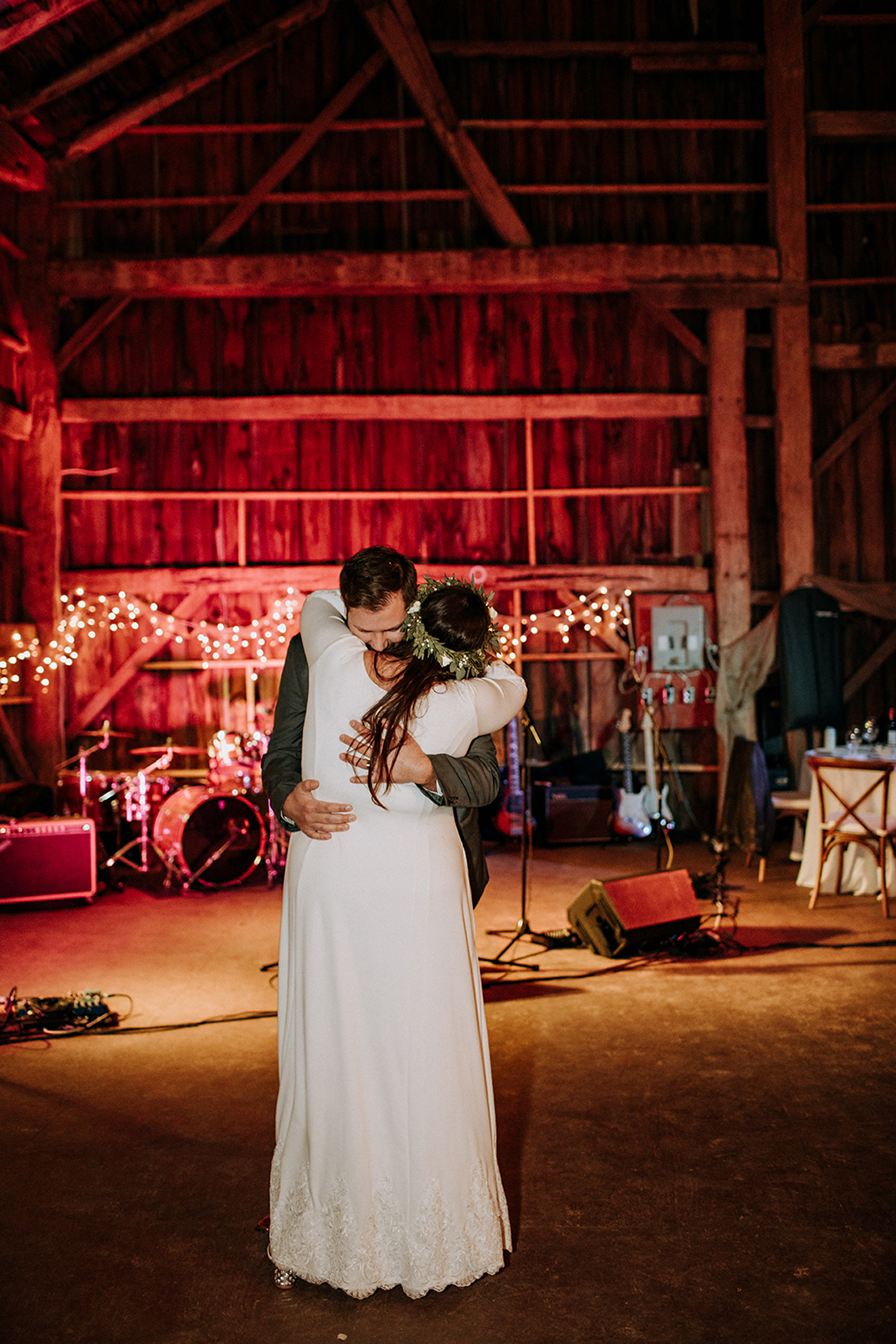 first dance at meaford barn wedding with twinkly lights
