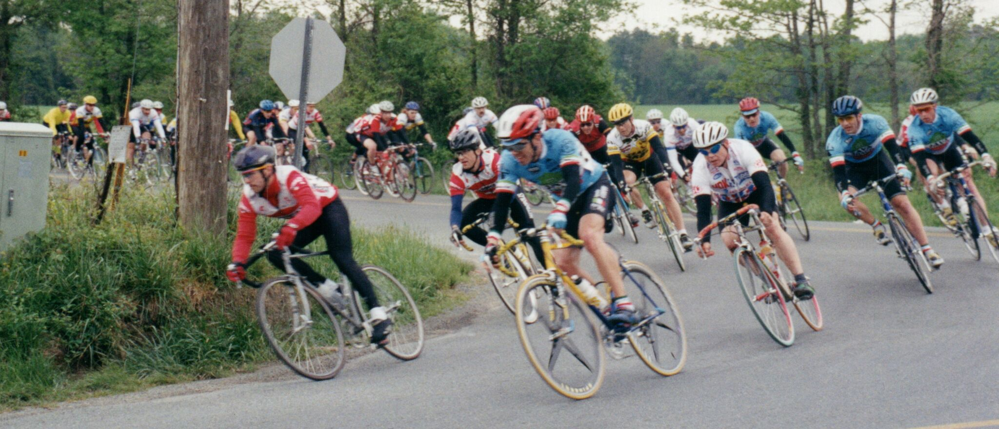 Bellora 1998 Race with team.jpg