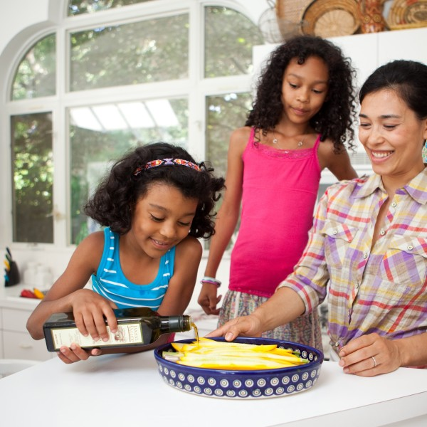 food-prep_girls-Ty-600x600.jpg