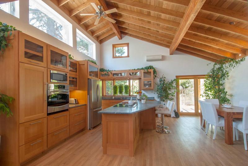 2-heeschen-kitchen_SC_Green_builders.jpg