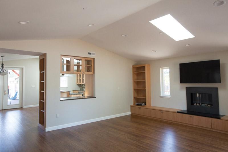 6-cap_ave_low_res-living-room_SC_Green_Builders.jpg