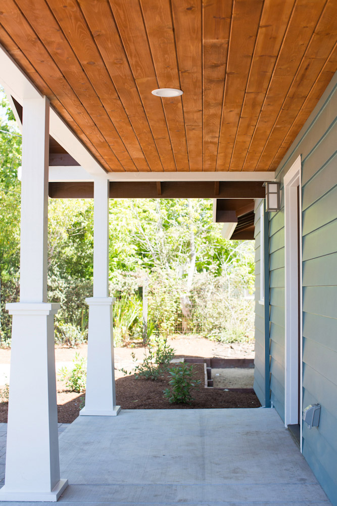 5-Front-Porch_SC_Green_builders.jpg