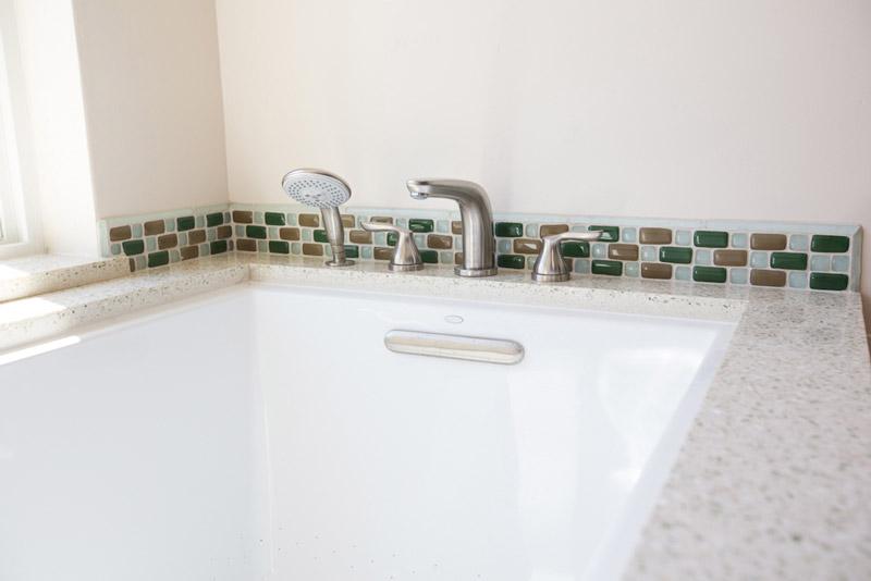 9-Bathtub_SC_Green_builders.jpg