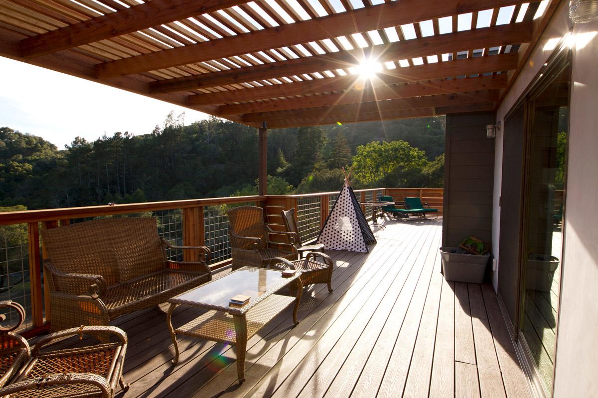 8-Deck-Sun_SC_Green_Builders.jpg