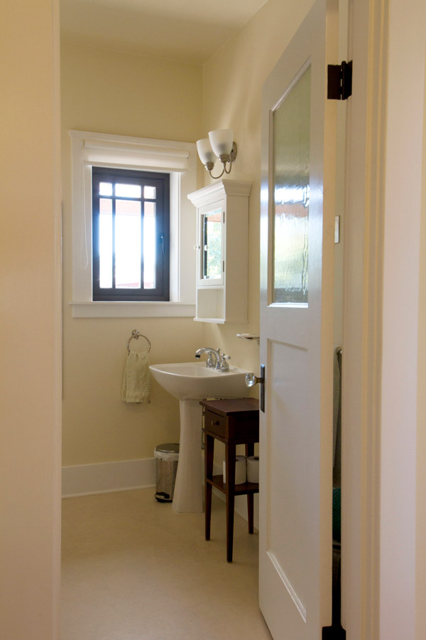9-Bathroom_SC_Green_Builders.jpg