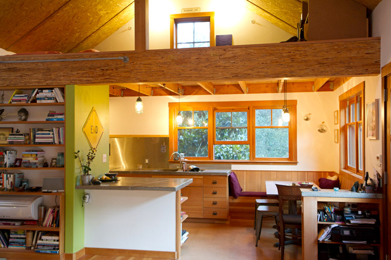 10-Living-Kitchen-Loft_SC_Green_Builders.jpg