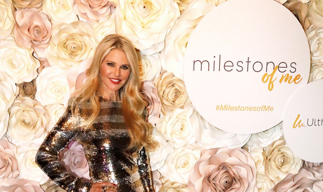 Christie Brinkley's 65th Birthday Party! - People.com!