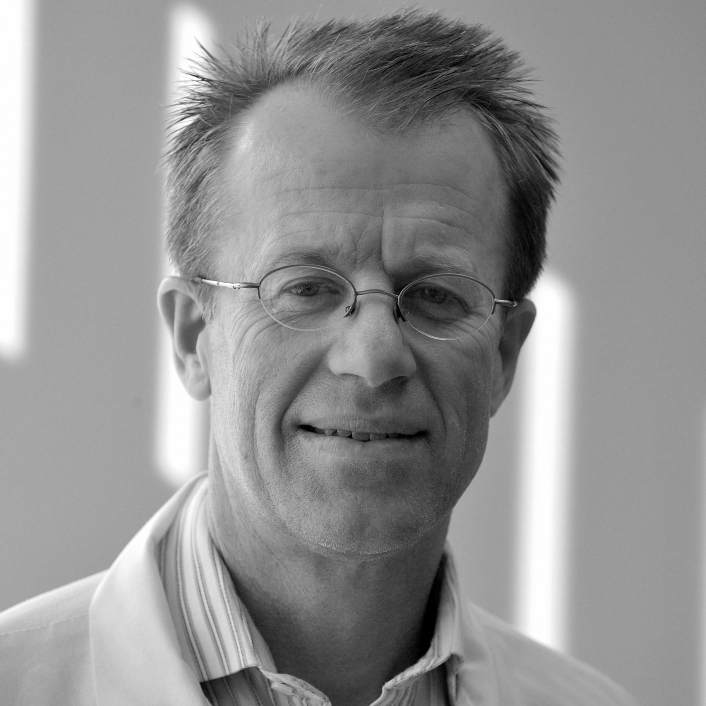 Lars Osterberg, Founding Board Member  Stanford University  Lars Osterberg is a Associate Professor of Medicine at Stanford University and is the director of the Educators 4 Care Program. In this role he seeks to improve the clinical skills teaching and mentoring of Stanford medical students.