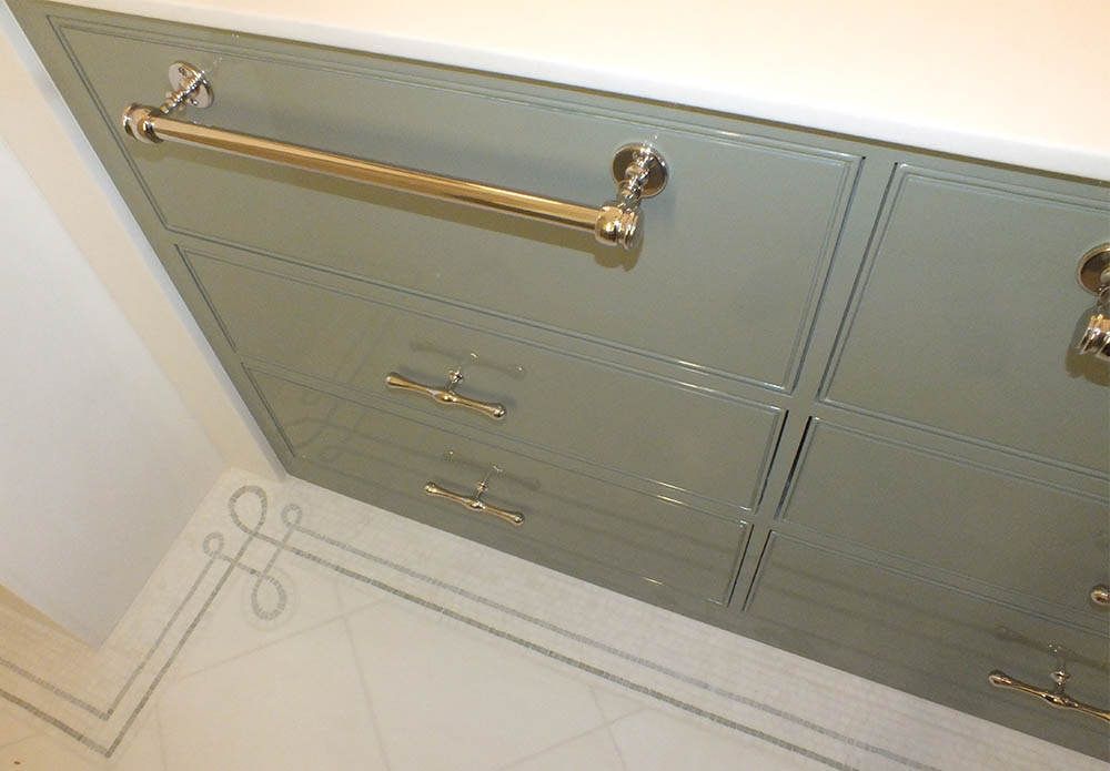 custom-double-sink-bathroom-vanity-4.jpg