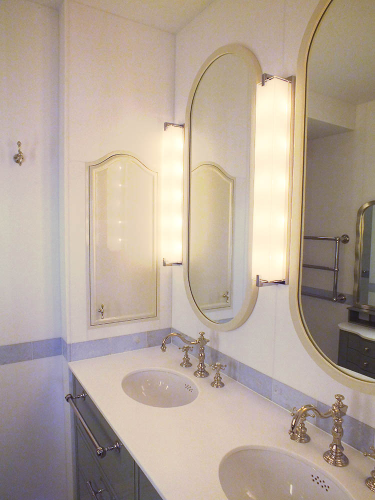 custom-double-sink-bathroom-vanity-3.jpg
