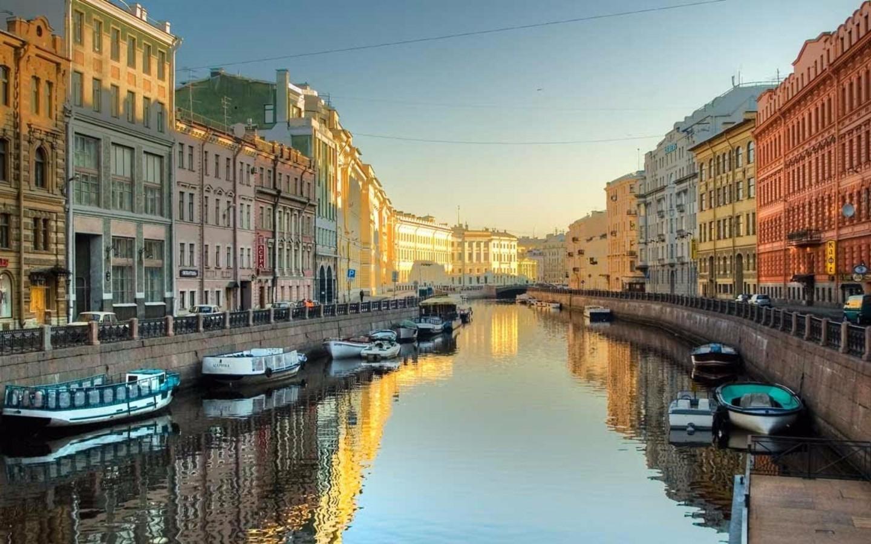 Beautiful-St-Petersburg-Russia-4K-Wallpaper-1440x900.jpg