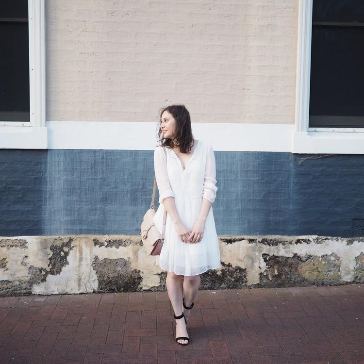 Lauren Natalia - Blogger & Founder of Lauren Loves Laughter