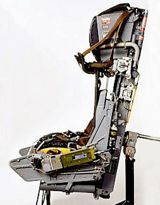 chair_m.jpg