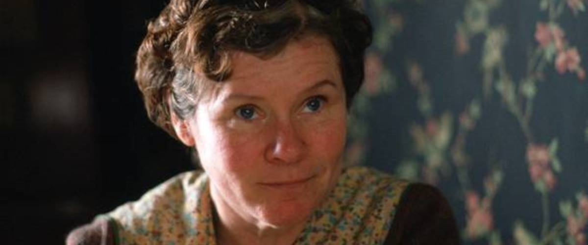 Vera Drake  (2004) movie directed by Mike Leigh