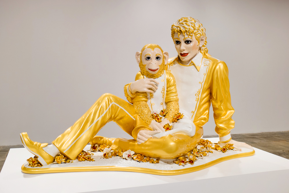 Jeff Koons (1988) Michael Jackson and Bubbles.