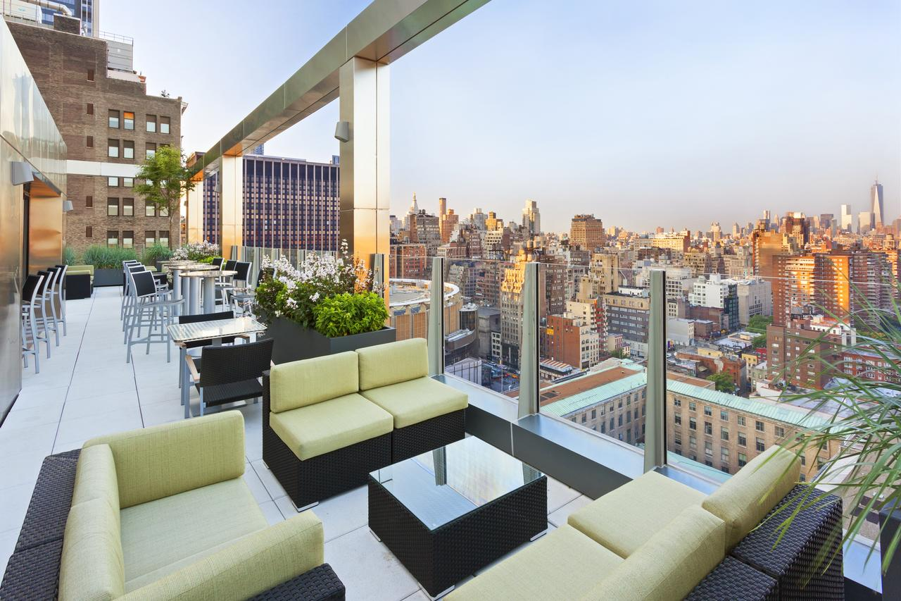 Fairfield Inn & Suites by Marriott New York Midtown Manhattan/Penn Station - Free WiFi, Family Rooms,Fitness Centre, Restaurant
