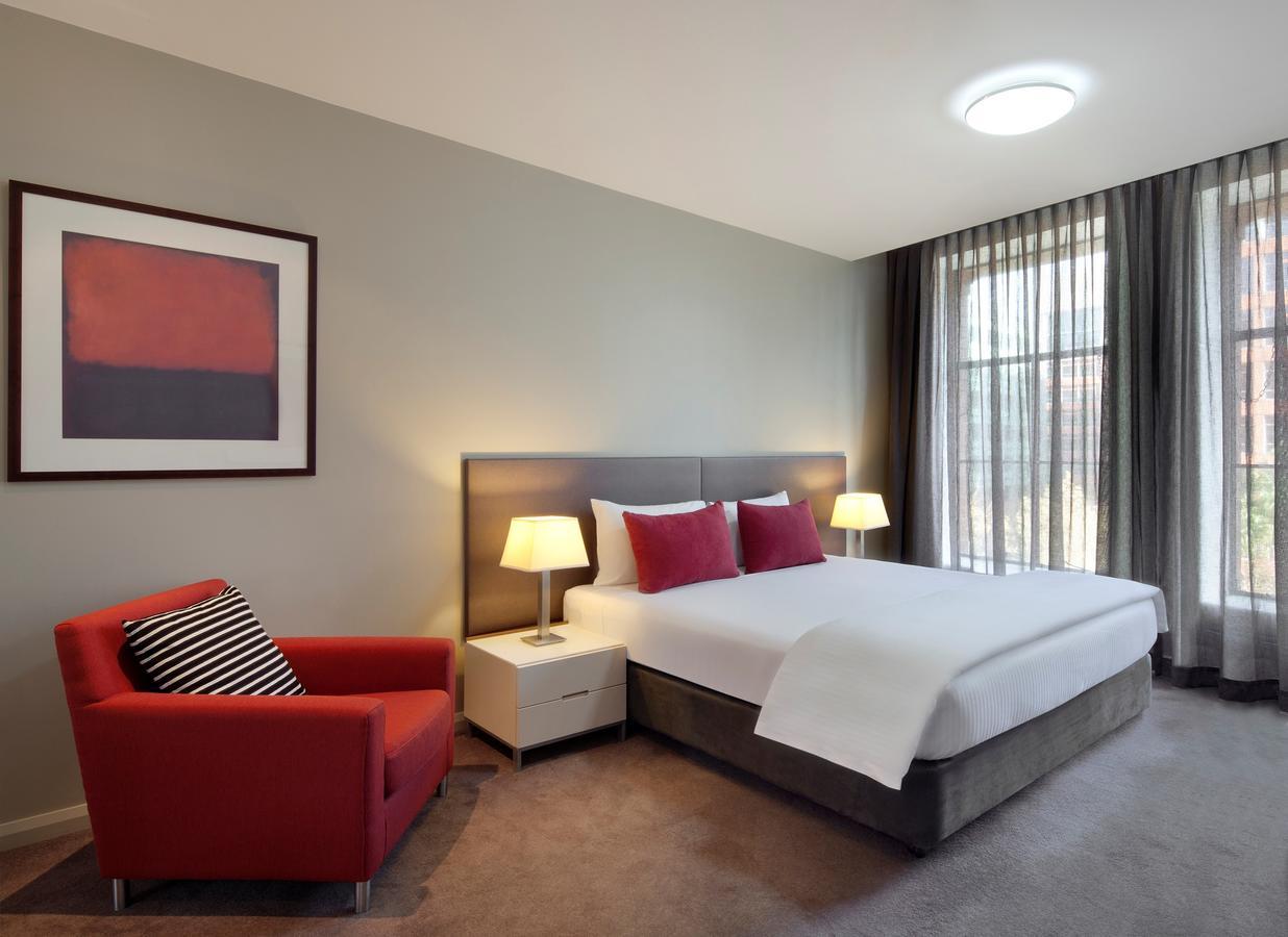 Adina Apartment Hotel Sydney Central - Parking, Free WiFi, Swimmingpool, Family Rooms