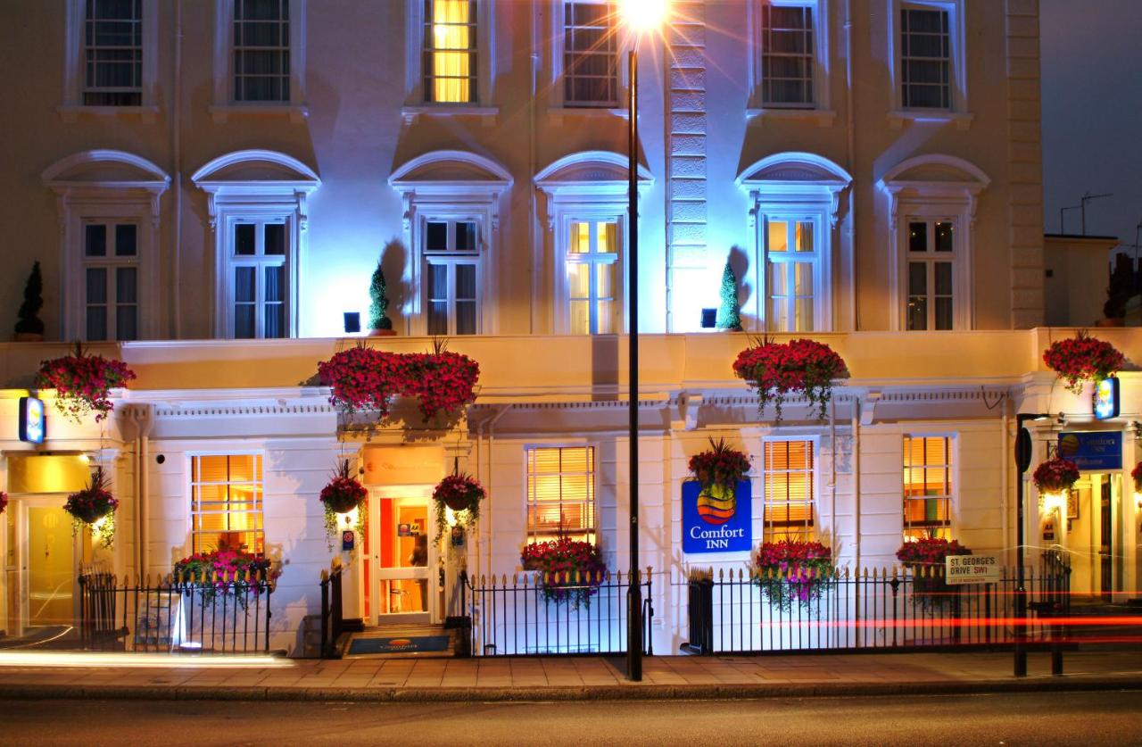Comfort Inn Buckingham Palace Road - Free WiFi,Non-Smoking Rooms, Family Rooms