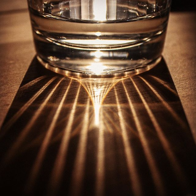Morning caustics  #caustic #refraction #light #photography