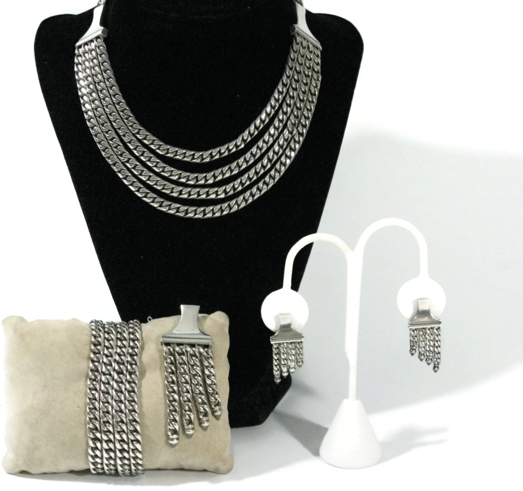 Vintage Sterling Silver Mexican Multi-Chain link set including necklace, earrings, bracelet and brooch.