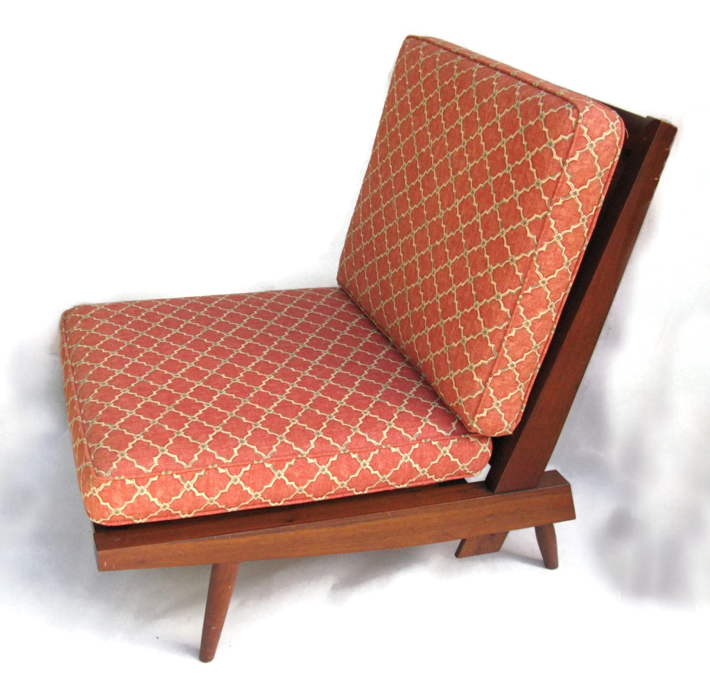 Slat Back Lounge Chair - Relaxing in style