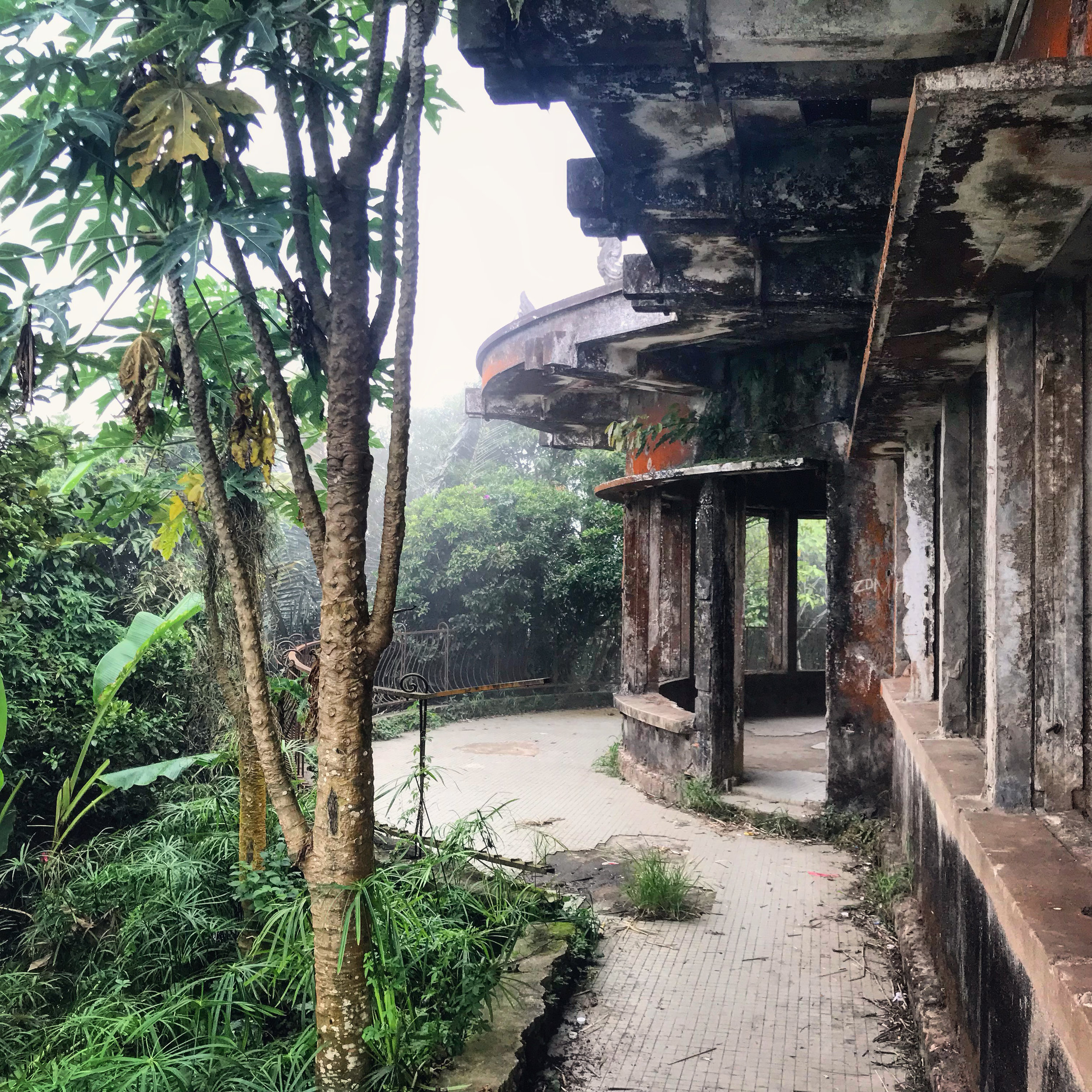 One of the crumbling old French Colonial buildings on Bokor Hill.