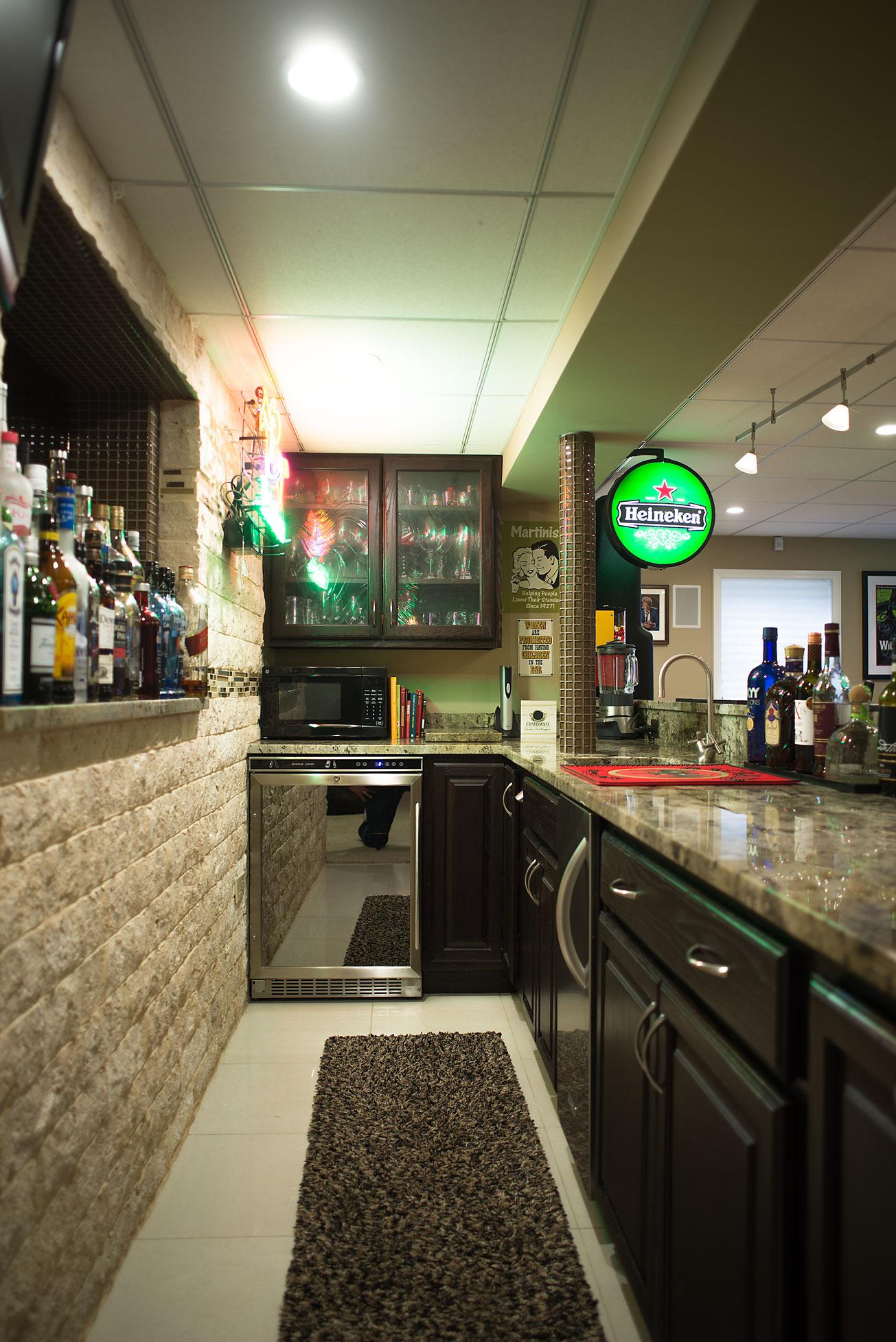Bar-Cabinet-2-web.jpg