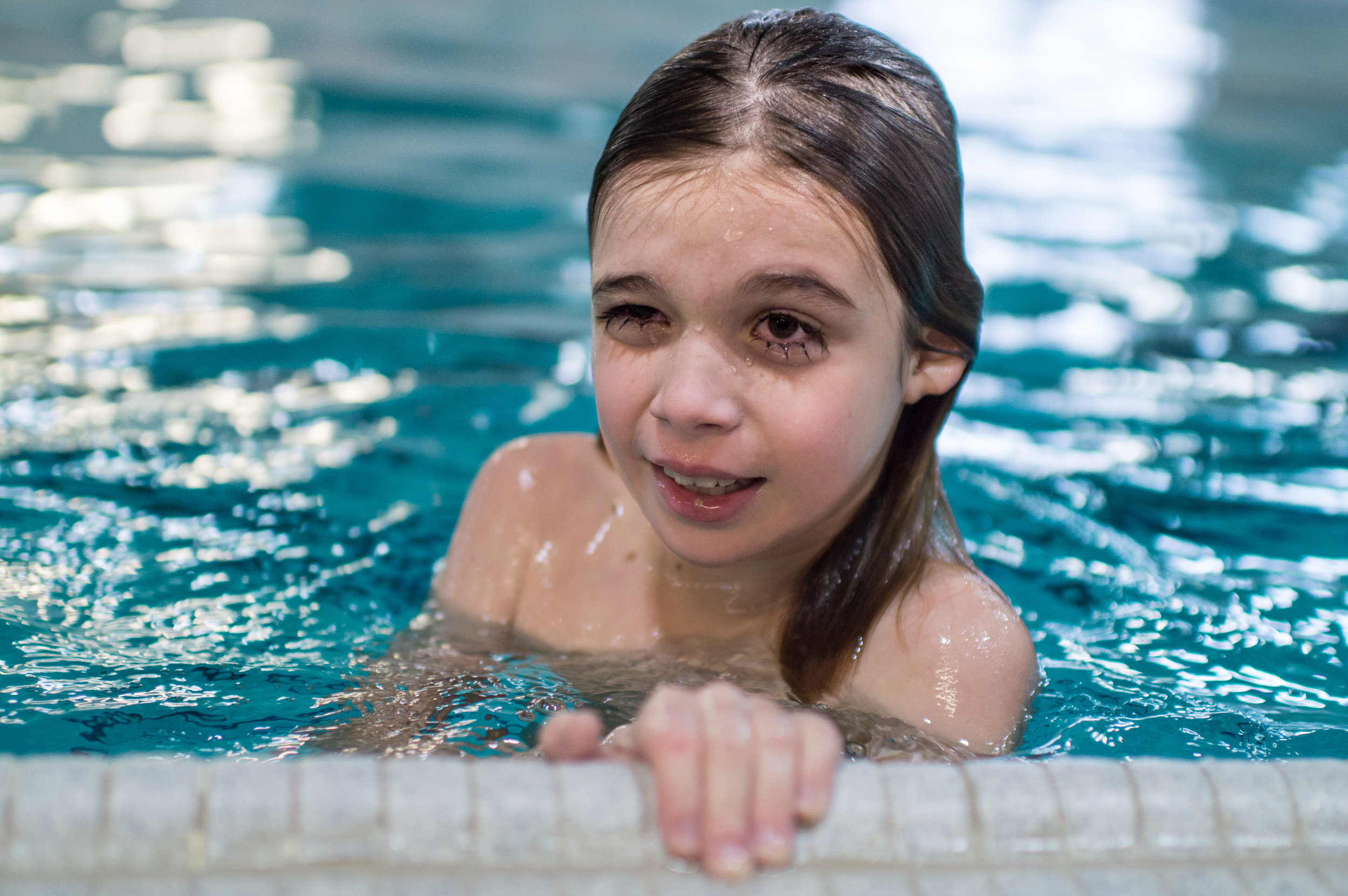 documentary family photography at the pool, Kingston