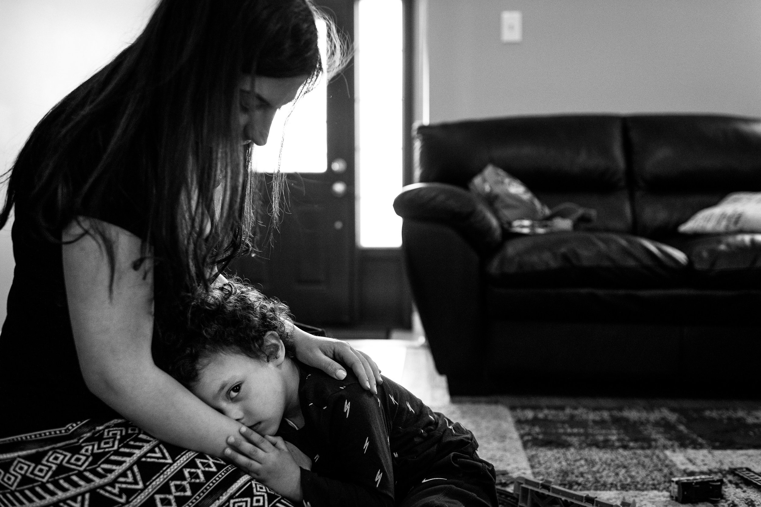 family documentary photography brampton -120513vm.jpg