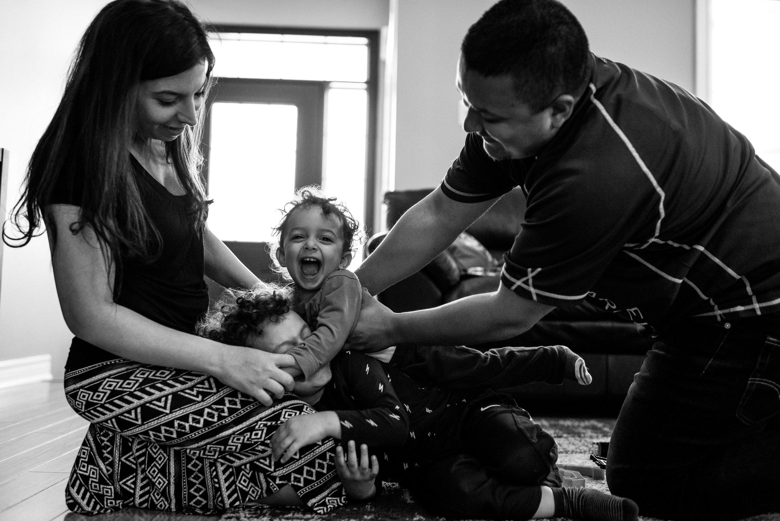 family documentary photography brampton -120538vm.jpg