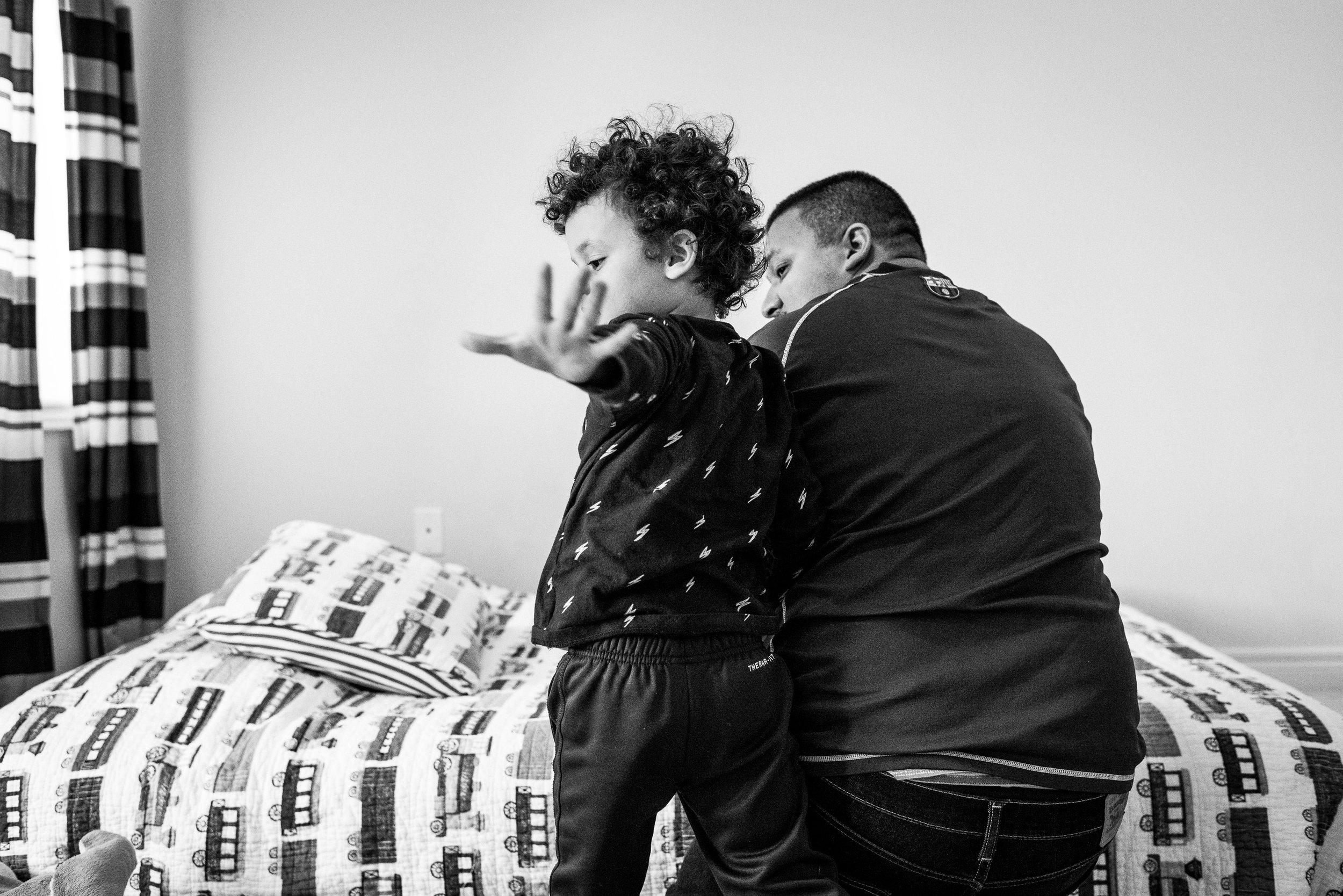 family documentary photography brampton -122427vm.jpg