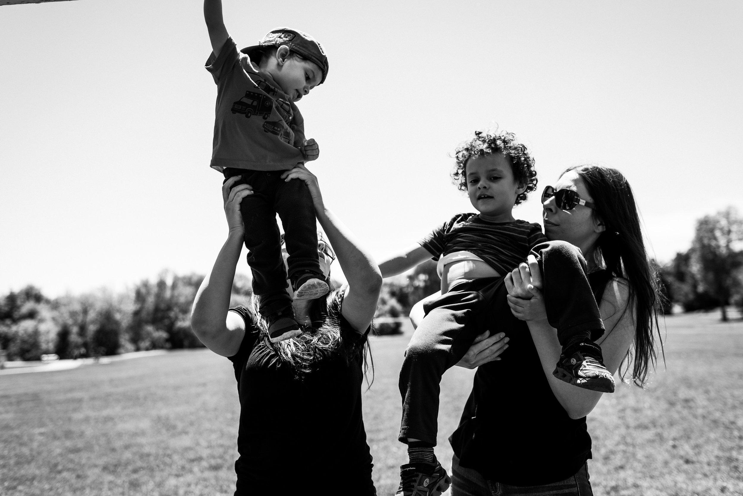 family documentary photography brampton -141523vm.jpg
