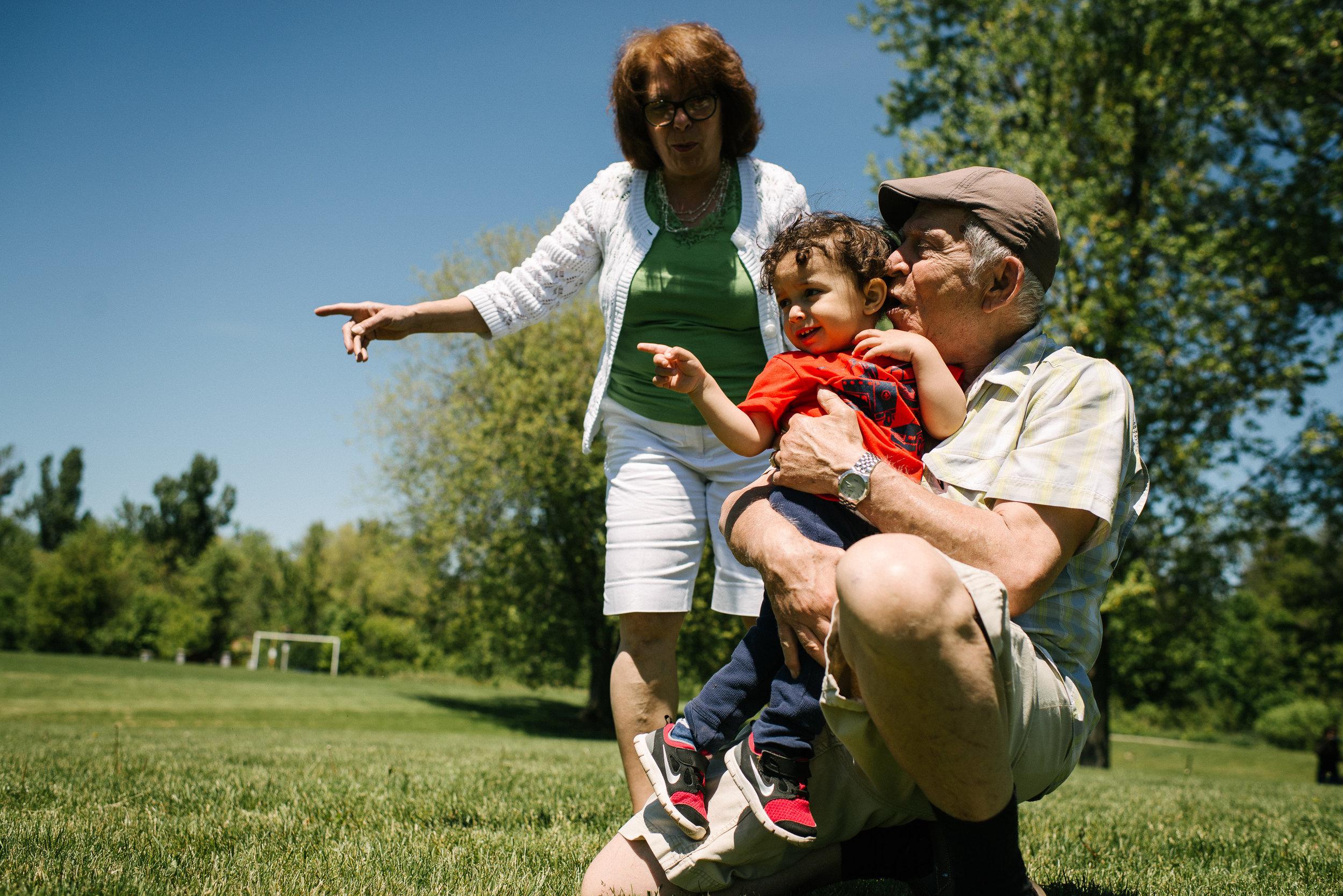 family documentary photography brampton -141727vm.jpg