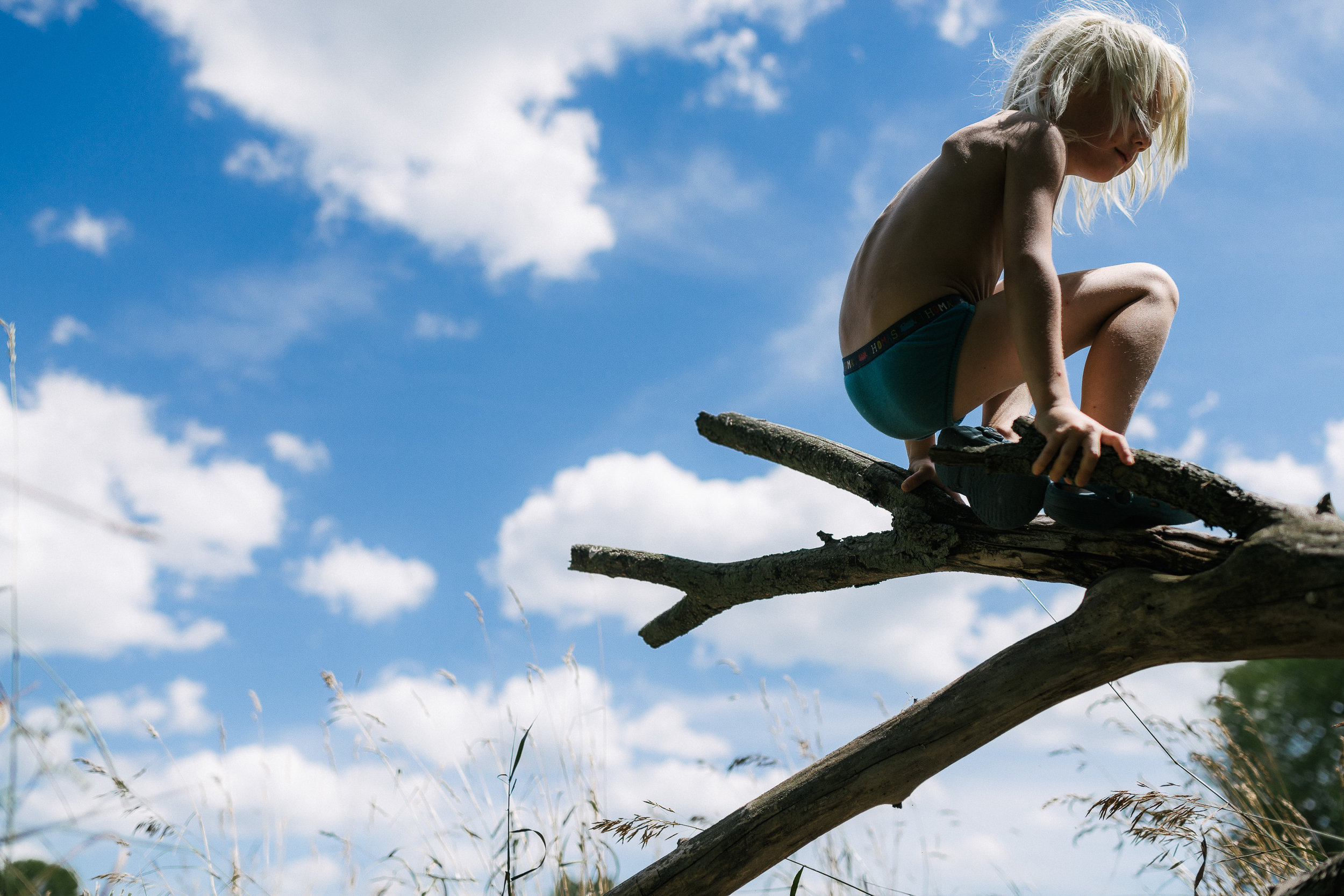 family documentary photography in kingston by viara mileva-145645vm.jpg