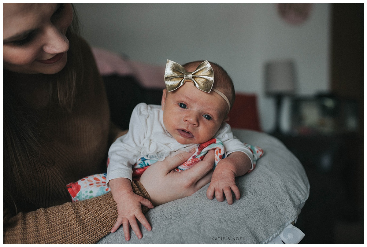 Pewaukee-Newborn-Lifestyle-Photographer-3.jpg