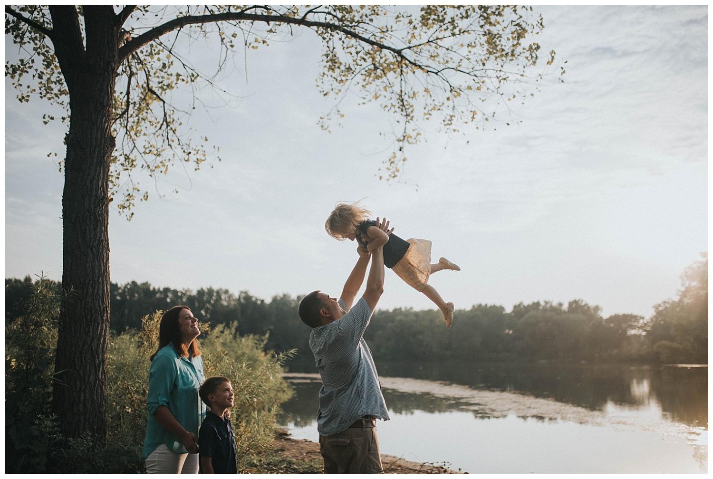 Waukesha-Family-Lifestyle-Photographer (8).jpg